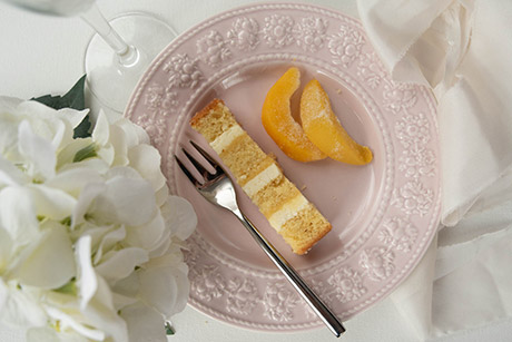 Peach and prosecco flavour wedding cake